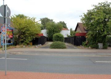 List: Am Listholze: Garage in Garagenhof – 350 m zur Podbi 30177 Hannover, Stellplatz