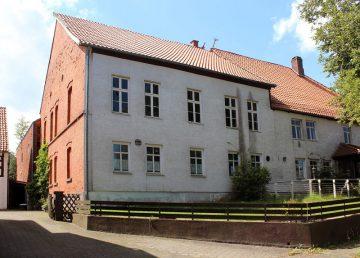 Ottenstein: ehem. Weinhaus mit Kegelbahn, sanierungsbedürftig, Dach ok 31868 Ottenstein,