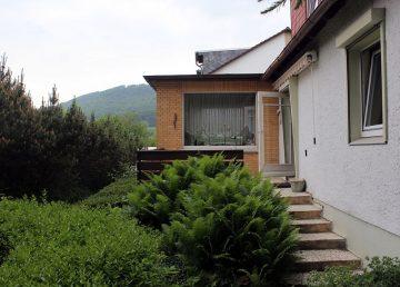 Springe Südhang: idyllisch gelegenes Nissenhaus – 2 km zur S-Bahn 31832 Springe, Einfamilienhaus