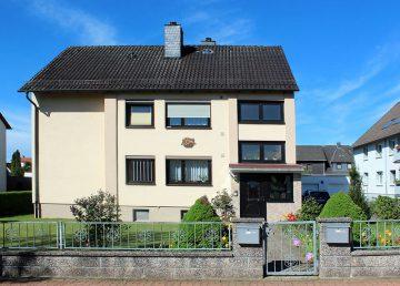 Völksen: modernisiertes 2-Familienhaus am Deister-Südhang 31832 Springe, Zweifamilienhaus