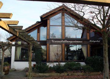 Wedemark: großer Heidegasthof mit Terrasse und Kegelbahn 30900 Wedemark, Gastronomie und Wohnung