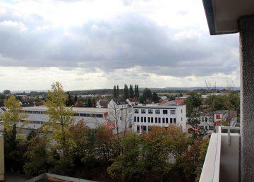 Hemmingen: ETW mit Balkonblick auf Leineaue und Deister 30966 Hemmingen, Etagenwohnung